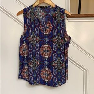 Blue paisley pattern tank by Renee C in size Large